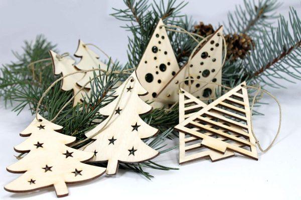 božićna dekoracija - drvena jelka